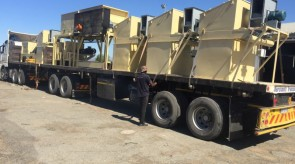 Feedplant machinery being transported to Upington
